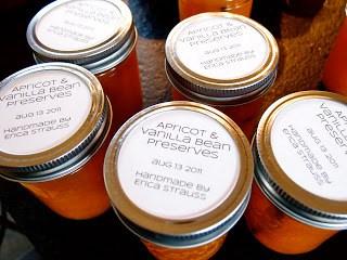 Easy No-Stick Canning Jar Labels
